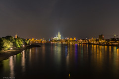 Kln kurz vor Mitternacht - Cologne bevor midnight (eiljot) Tags: building church river germany lights michael cathedral nacht dom cologne kln midnight orte fluss rhine rhein 1022mm hdr lichter bauwerke mitternacht dernbach lzb