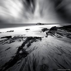 Blockhaus - Petit Nice - Arcachon (jubu photographie) Tags: sea bw france beach clouds photoshop lee paysage arcachon lightroom longexposur leebigstopper