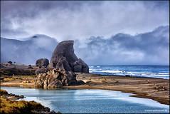 Kissing Rock Gold Beach Oregon (Stefan Bock) Tags: sky usa beach nature water clouds oregon strand landscape wasser natur himmel wolken landschaft kissingrock