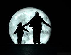 Loving The Moon (Philip R Jones) Tags: moon cold love silhouette loving kids children nikon hug dof wind reaching brother windy siblings valentine valentines moonlight win sibling embrace valentinesday reachingout brotherlylove embracing d7000 supermoon childrenbeingchildren