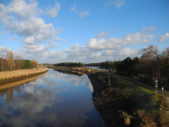 Winters landschap (~~Nelly~~) Tags: nete duffel spoorwegbrug fietsostrade