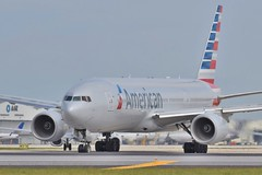N751AN (thokaty) Tags: dallas mia dfw boeing americanairlines 777 aa b777 miamiinternationalairport tripleseven b772 b777200 n751an aa990