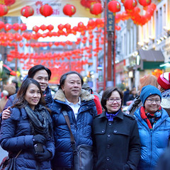 Family photo (And Smith) Tags: family london 50mm chinatown strangers streetphoto niftyfifty londonpeople nikond5200