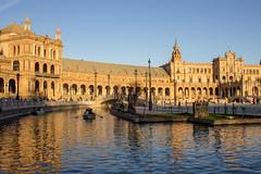 Plaza de Espaa (Lauro Meneghel) Tags: urban water yellow reflections landscape sevilla spain andalucia espana giallo andalusia acqua riflessi spagna siviglia