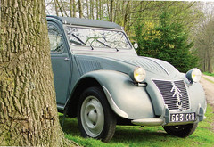 Citroen (Steenvoorde Leen - 13.8 ml views) Tags: citroen 2cv frenchcar franzosicheauto autofrancese cochefrances carrofrances