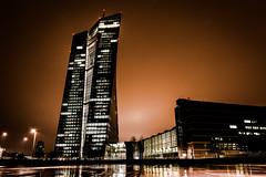 European Central Bank (08dreizehn) Tags: lighting germany deutschland europa europe hessen frankfurt illumination stadt allemagne atnight regen frankfurtammain beleuchtung lanuit nachts ezb europeancentralbank europäischezentralbank frankfurtm nikond800 08dreizehn nullachtdreizehn thomashassel afsnikkor20mm118ged