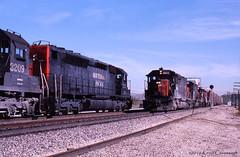 Walnut Meet (GRNDMND) Tags: california walnut trains sp locomotive railroads southernpacific espee emd sd45t2 sdp45