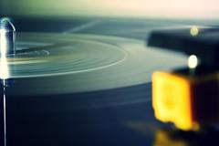 lead-out groove (camerito) Tags: music vintage flickr vinyl player turntable lp record groove musik plattenspieler j4 schallplatte tonabnehmer nikon1 tonarm leadout camerito