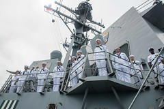 Sailors aboard USS Stockdale man the rails for an International Fleet Review during Multilateral Naval Exercise Komodo. (Official U.S. Navy Imagery) Tags: indonesia id usnavy padang ctf73 komodo2016