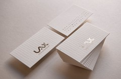 Vctor Lax (El Calotipo) Tags: gold design identity businesscards stamping letterpress diseo oro tarjetas hotstamping