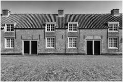 Soldiers homes Loevestein Castle (Rens Timmermans) Tags: blackwhite kastelen niksilverefexpro sigma1224f4556dg canon5dmk3