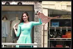 nEO_IMG_DP1U2666 (c0466art) Tags: blue light portrait window girl beautiful face canon store nice pretty slim outdoor gorgeous ale skirt el east short figure salvador taipei tall charming steet 1dx c0466art fashional