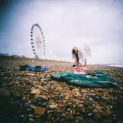 Mornings Catch (lomokev) Tags: fish green beach lomo fishing focus dof stones low ground depthoffield swimmer ferriswheel groundlevel bigwheel ratseyeview lomogaphy lca120 lomolca120 file:name=150730lomolca120lomocn800000010 roll:name=150730lomolca120lomocn800