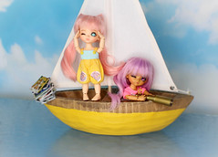 The Sky Pirate Fugitives #4 (Arthoniel) Tags: ocean sea sky toy book boat miniature eyes ship ns ooak tan sunny books scene collection pirate figure sail rement wink rare diorama tilly fugitive winking fel latidoll lati kytes latiyellow normalskin