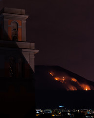 Fuoco sul Vesuvio (LuxTDG) Tags: park houses homes sky italy parco mountain hot tower church face st yellow night del forest fire lights volcano lava bay san italia torre shadows bell reserve case ombre chiesa campanile campana burning national cielo napoli naples vesuvius luci montagna incendio notte pouring vulcano golfo pinewood greco pineta gennaro faccia caldo nazionale gialla torredelgreco riserva colata lavica boschivo
