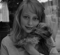 Younger me (Margaux-Marguerite Duquesnoy) Tags: york light blackandwhite bw woman dog chien white black reflection me yorkie window girl monochrome smile look cane mi out outside blackwhite mujer nikon noir chica noiretblanc outdoor lumire yorkshire femme yo young moi nb perro reflet blond blonde mirar sonrisa frau mira extrieur fille sourire bianco blanc nero younger fenetre dona regard ragazza dehors jeune lumineux blondhair fraulein giovane neroeblanco d3100