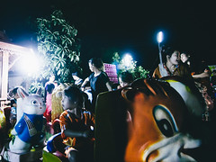 (Richard Strozynski) Tags: street light people night canon thailand photography asia south east tokina laos 550d 1116mm