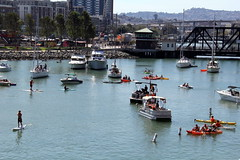 Hot day on McCovey Cove (NJ Baseball) Tags: sanfrancisco california giants mccoveycove sanfranciscogiants nationalleague 2015 daygame majorleagues attpark