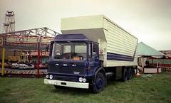 Marshal Major, NHT 842R (ergomammoth) Tags: truck fairground lorry trucks sainsburys dodgems lorries aec boxvan tiltcab ergomatic fairgroundtransport showmanstransport refrigeratedvan rigidsixwheeler amusementcaterers aecltdsouthall av760diesel britishleylandtruckbusdivision aecmarshalmajor