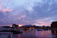 20160110-01-Hobart waterfront Victoria Dock evening (Roger T Wong) Tags: sunset reflection water night evening waterfront australia tasmania hobart 2016 sullivanscove victoriadock bclouds sony1635 rogertwong sel1635z sonya7ii sonyilce7m2 sonyalpha7ii sonyfe1635mmf4zaosscarlzeissvariotessart