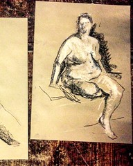 Life Drawing @matthewsyard in Theatre Utopia February 7th 2016  Next date at Project B, more information http://descart.es/lifedrawing  #art #artgallery #descartes #gallery #form #artist #artwork #chalk #culture #charcoal #coffee #coworking #paint #pencil