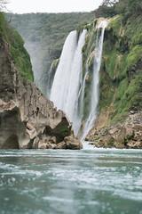 Tamul (R Ballesteros) Tags: tamul fall méxico san luis potosi turqueza turquoise waterfall kit lens