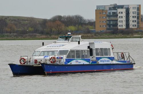 Sky Clipper (1) @ KGV Lock 24-03-16