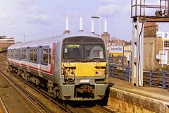 NETWORK SOUTH EAST LIVERIED 456023 (bobbyblack51) Tags: road london station electric south class east 1998 network wandsworth 456 unit liveried 456023