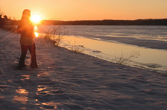 Hitting Defrost (flashfix) Tags: march112016 2016 2016inphotos nikon d7000 nikond7000 ottawa ontario canada 40mm selfportrait portrait snow melting seasons river sunset dusk twilight goldenhour sun sunbeams defrosting ottawariver water gatineau spring flashfix flashfixphotography