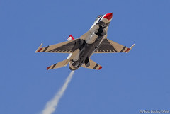 F-16C Fighting Falcon - Thunderbird #1 (Pasley Aviation Photography) Tags: boss arizona tower 1 glendale luke over airshow f16 points falcon flies after arrival their fighting viper thunderbird checking reference afb the 2016 f16c