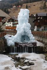 Ice fountain (snowman*1) Tags: italy ita campitellodifassa trentinoaltoadige