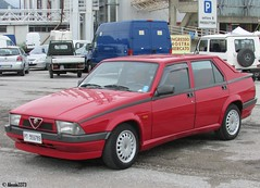 Alfa Romeo 75 Twin Spark (Alessio3373) Tags: alfaromeo oldcars classiccars youngtimers alfa75 transaxle twinspark alfaromeo75 autoshite worldcars 75twinspark alfa75twinspark alfaromeo75twinspark