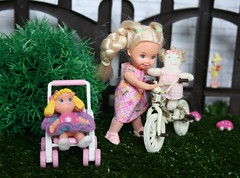 IMG_5488 (irinakopilova) Tags: baby doll little sister small barbie shelly kelly