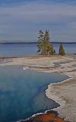 USA - Wyoming - Yellowstone NP - West Thumb (Harshil.Shah) Tags: park usa america nps united national yellowstone states wyoming wy