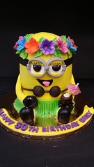 Hawaiian minion Cake (dragosisters) Tags: cake luau hawaiian minions minion