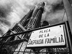 ... (Gabriel M.A.) Tags: barcelona bw spain olympus catalunya sagradafamilia zuiko f28 f4 omd 26mm 1240 13mm em5 baslicadelasagradafamilia olympusmzuikopro1240mmf28