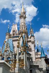 Dream Along With Mickey - Cinderella Castle (Howie Muzika) Tags: show goofy princess character peterpan aurora mickeymouse cinderella minniemouse wdw snowwhite donaldduck sleepingbeauty magickingdom princecharming captainhook maleficent cinderellacastle
