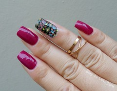 Amuleto de Sorte + Película Tribal (Cris_Yumi) Tags: polish nails unhas maos cuidados esmaltes bellabrazil
