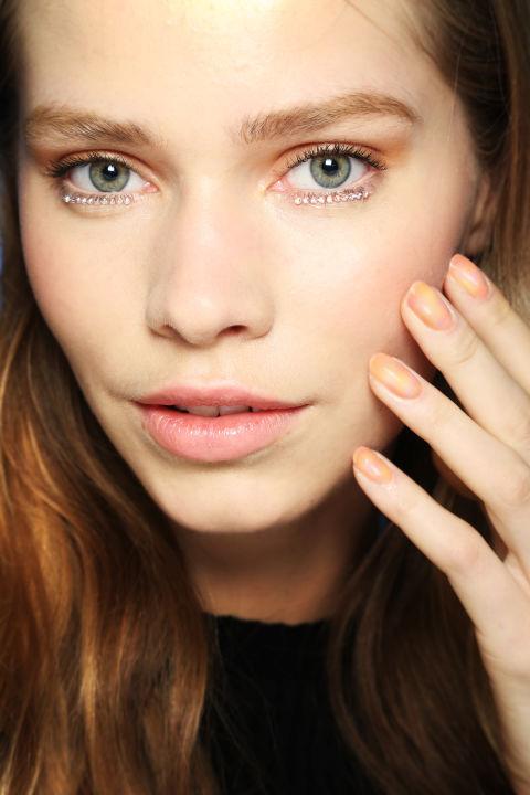 Top những mẫu nail đẹp cho nàng dịu dàng