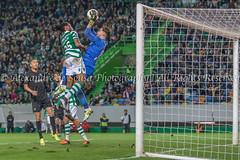 Hold the ball! (Alexandre de Sousa Photography) Tags: game portugal sports sport football lisboa lisbon pt sporting 2016 academica