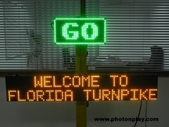 VMS-GO-Sign (photonpl) Tags: sign price speed turn work display you go right led thank arrow noentry variable vms