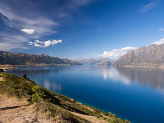 Lake Hawea (Saaliahc) Tags: blue newzealand sky lake nature water colors landscape landschaft neuseeland omdm5