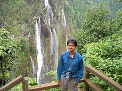 Jog-falls-British-bunglow-view-025 (umakant Mishra) Tags: wild waterfall adventure climbing karnataka touristpoint jogfalls karnatakatourism kaveririver umakantmishra westernghatmountain kumudinimishra britishbunglow