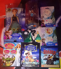 Disney (AngelShizuka) Tags: 2 anna dogs train frozen dvd swan doll heaven dolls all dragon princess snowy go disney queen your figure merchandise tintin how adventures merch dvds figures toothless elsa hiccup fever statuette milou bluray statuettes blurays