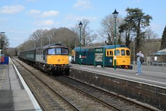"Mainline Freight Class 33/0, 33063 ""R.J. Mitchell Designer of the Spitfire"" & BR Blue Class 33/2, 33202 ""Dennis G. Robinson"" (37190 ""Dalzell"") Tags: type3 svr sulzer crompton eridge slimjim class33 brblue 33063 33202 class332 triplegrey dieselgala spavalleyrailway class330 trainloadfreight mainlinefreight d6583 brcwco d6587 birminghamrailwaycarriagewagonco rjmitchelldesignerofthespitfire dennisgrobinson"