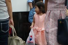 Peeping (kurniadistefanie) Tags: girl festival littlegirl bandung foodfestival lookfat