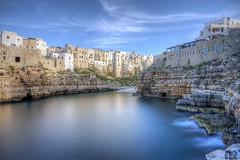 polignano a mare (nicola9020) Tags: light sea sky costa beautiful canon italia mare blu puglia bari sud polignano 17mm