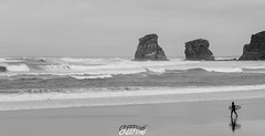 Hendaye (CREE PING) Tags: city mer nature canon landscape surf noir couleurs ngc cte ciel paysage vagues plage blanc basque creeping hendaye surfeur 1740mml canon7d podt:country=fr