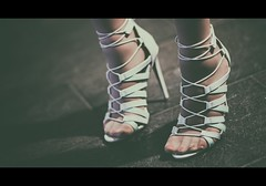 X (_Peter_P@n_) Tags: shoes fujifilm xpro1 contaxzeissplanart85f14