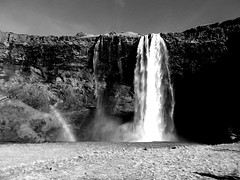 DSCN4350e (scootsterg) Tags: waterfall iceland seljalandsfoss seljalandsfosswaterfall